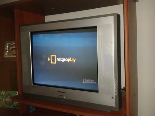 televisor de 24 pulgadas pixis