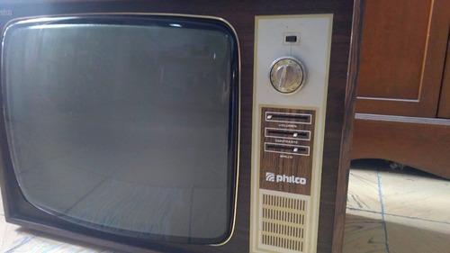 televisor philco 19  para piezas o de  ornato envío gratis