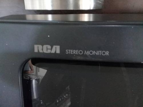 televisor rca de 27  con su control remoto
