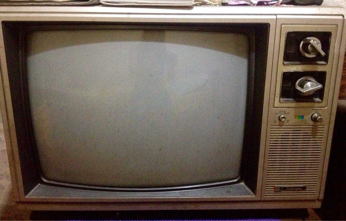 Televisores retro a os 70 39 y 80 39 de colecci n bs - Television anos 70 ...