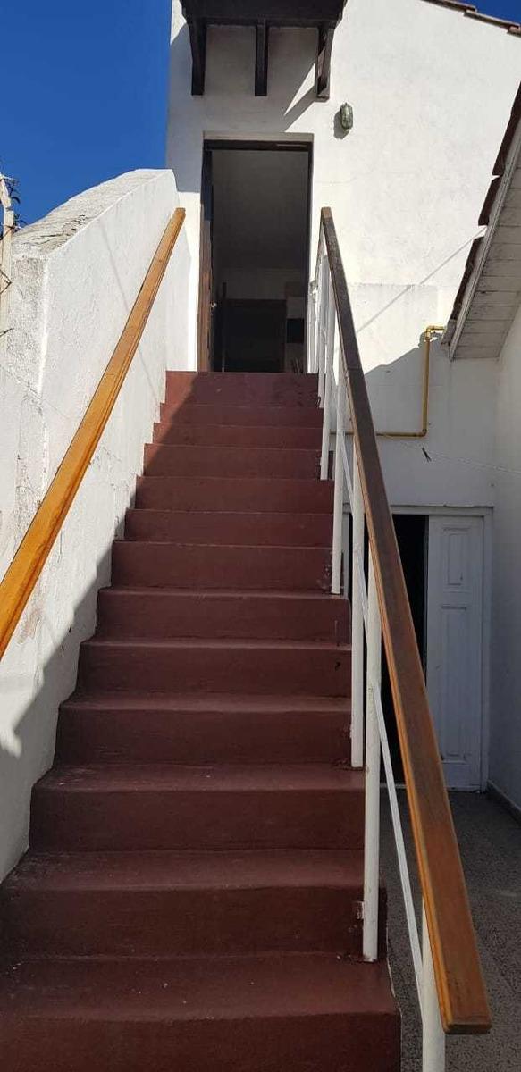 temporada 2020 ph 3 amb, primer piso por escalera c/coch