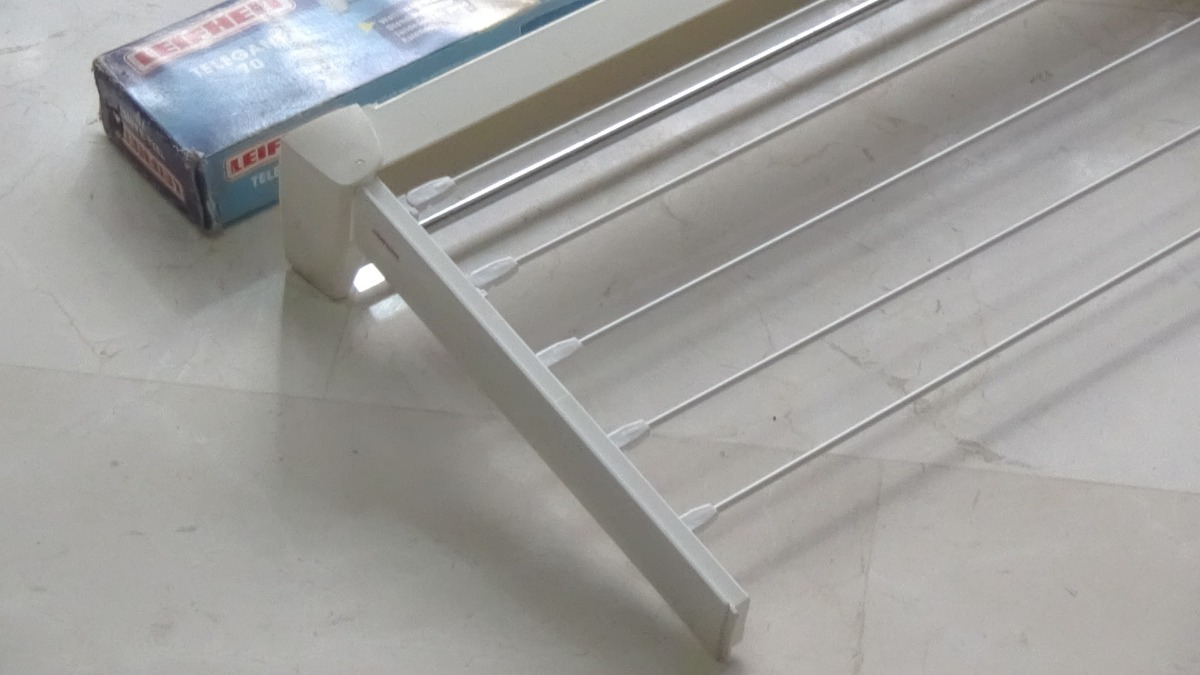 color blanco Leifheit Telegant 70 Tendedero de pared