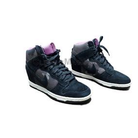 c0e0a419b1d Têmis Sneakers Nike Com Salto Embutido Usado