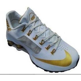 09577d9f310 Tenis Masculino Nike Shox Branco Com Dourado Original !