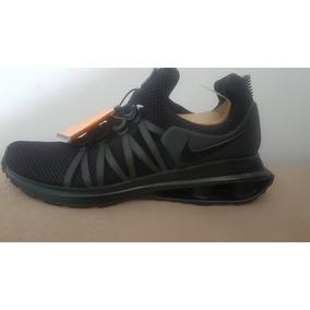 2fabb3a54cc Vendo Nike Shox Gravity Preto Original Muito Barato. R  490