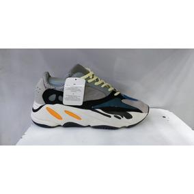 11ea7f89c03 Yeezy 700 Tamanho 43 - Adidas Casuais para Masculino 43 no Mercado ...