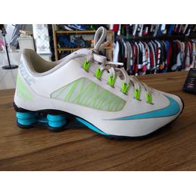 fe84b8256c0 Nike Shox R4 Feminino Lilas Com Branco - Tênis no Mercado Livre Brasil