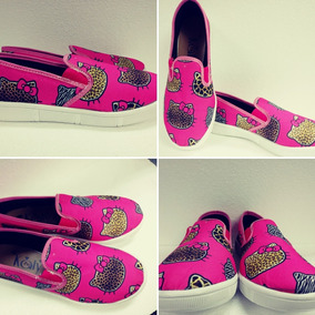 f9db7dda24 Vans De Animal Print De Hello Kitty en Mercado Libre México
