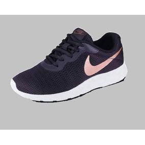 8bc2bbb282f Tenis Nike Color Vino Para Mujer - Tenis Nike en Nuevo León en ...