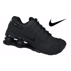 22cddd66a3c Tenis Nike Shox 4 Molas Junior Lançamento Em Oferta. São Paulo · Tênis Novo  Lançamento Black Masculino Original + Brinde