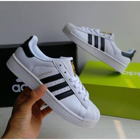 ed70af937b5 Tenis Adidas Superstar Cafe - Tenis Adidas para Hombre en Mercado ...