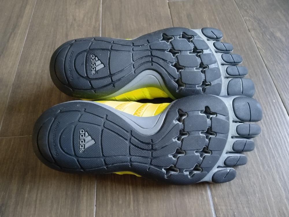separation shoes 199fb 5d927 Tenis Adidad Tipo Guantes Para Correr Originales -  999.00 e