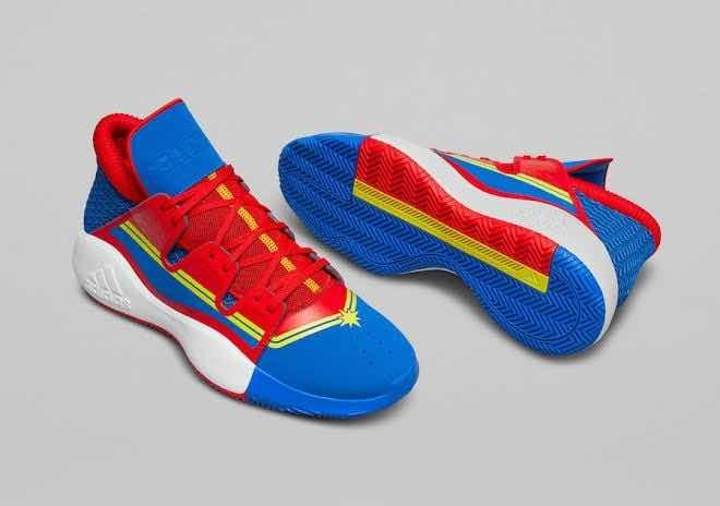Tenis adidas Avengers Captain Marvel Tenis Fenix Pro Vision