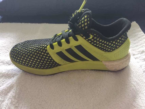 tenis adidas boots