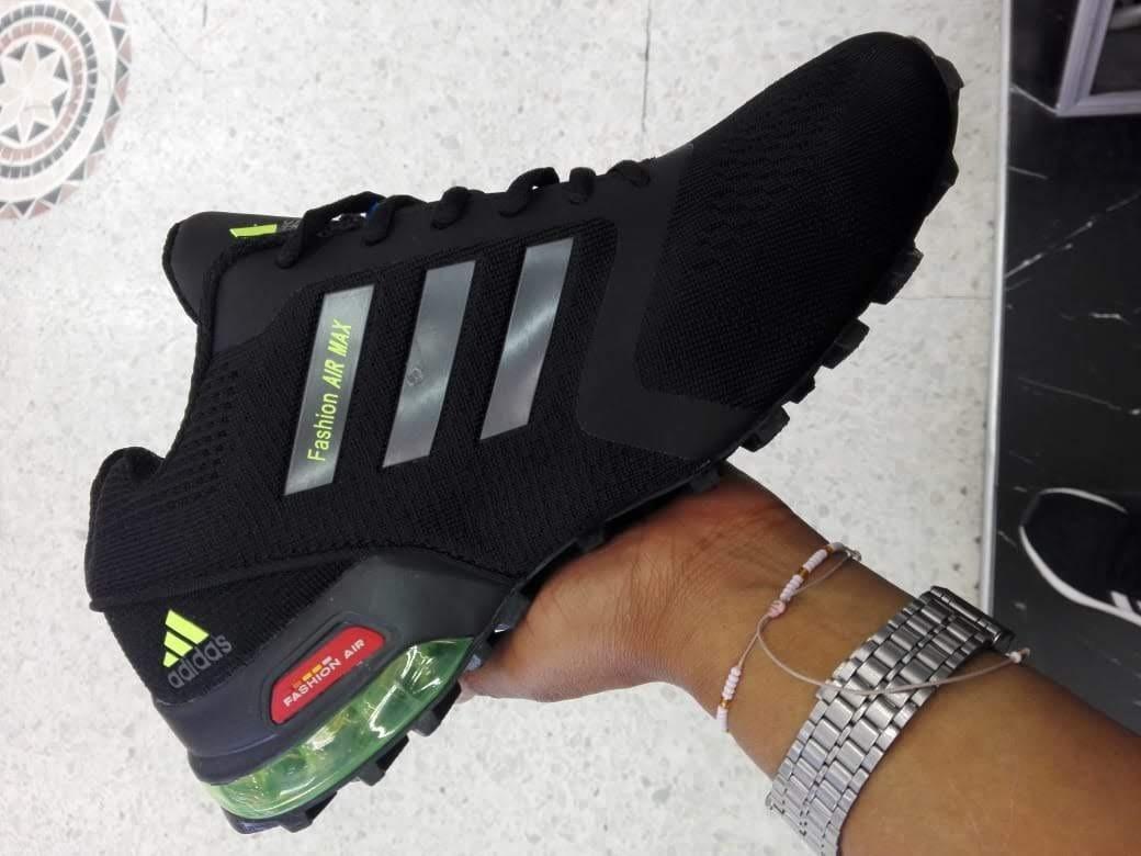 adidas verdes y negras