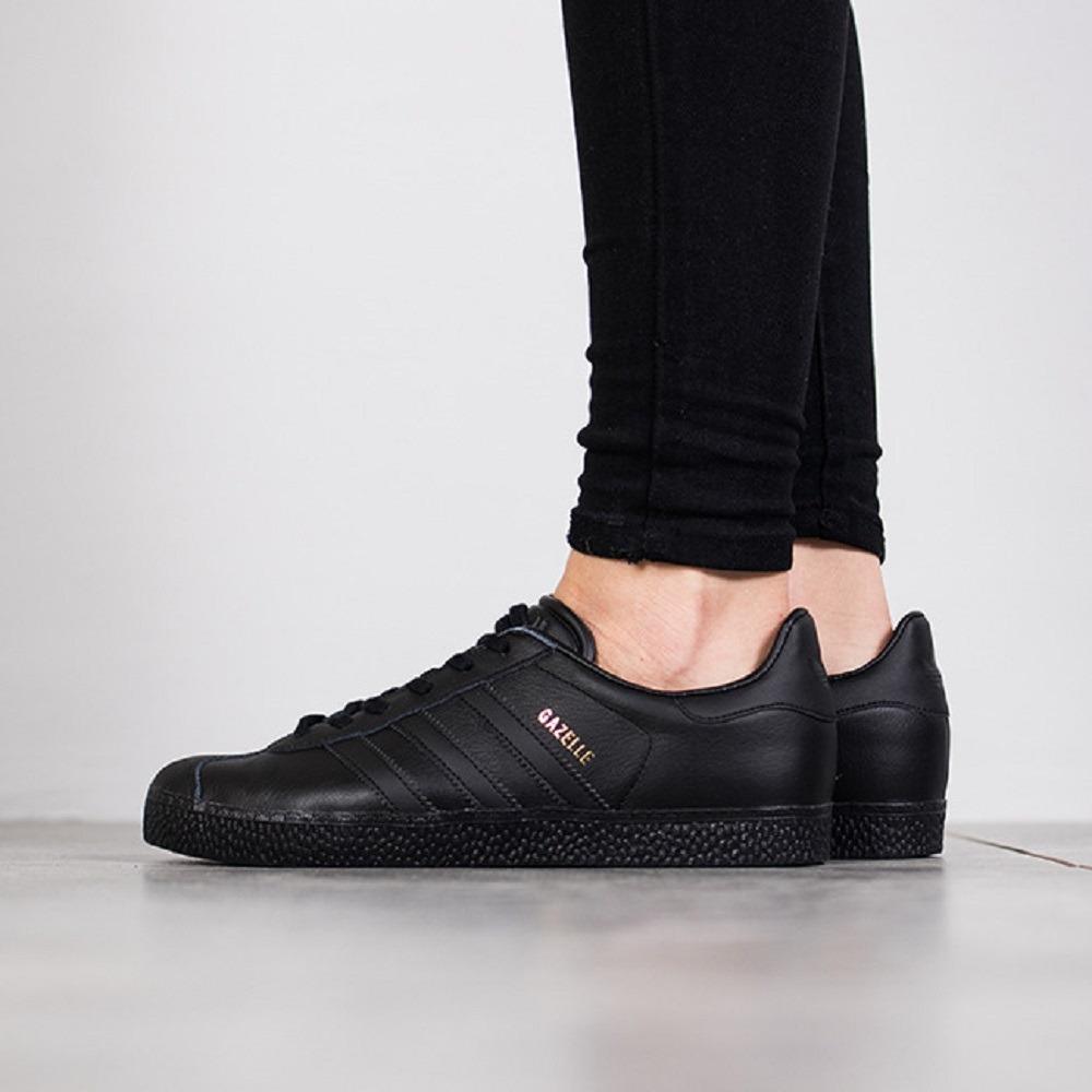sports shoes 6b20f 1a997 tenis adidas gazelle og originals retro piel negro total. Cargando zoom.