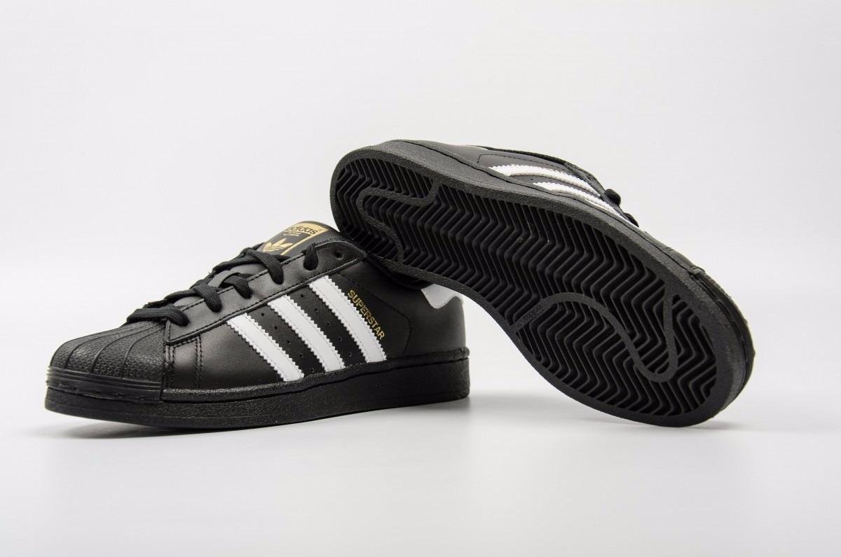 zapatillas adidas superstar negras y blancas
