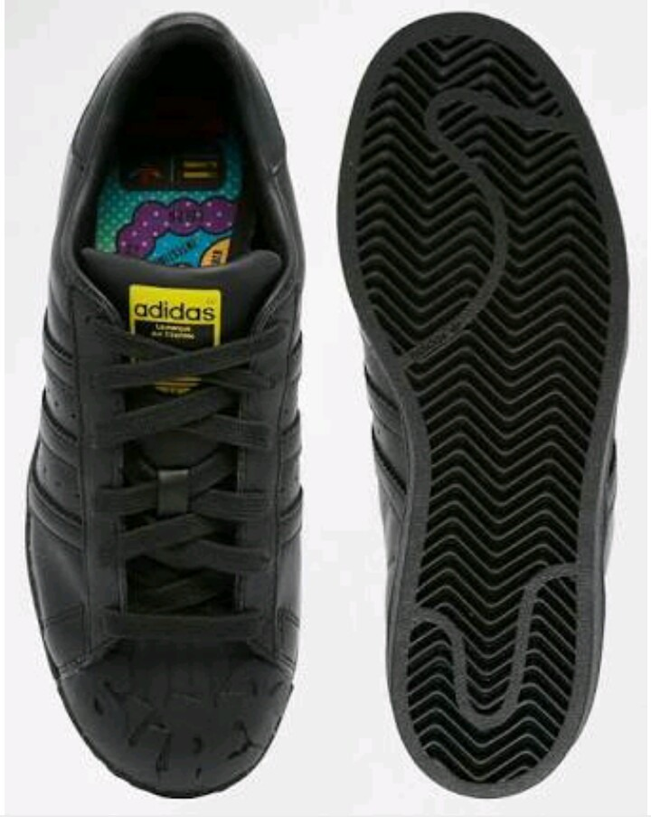 brand new 99cff 02c54 tenis adidas negros pharrell williams superstar. Cargando zoom.