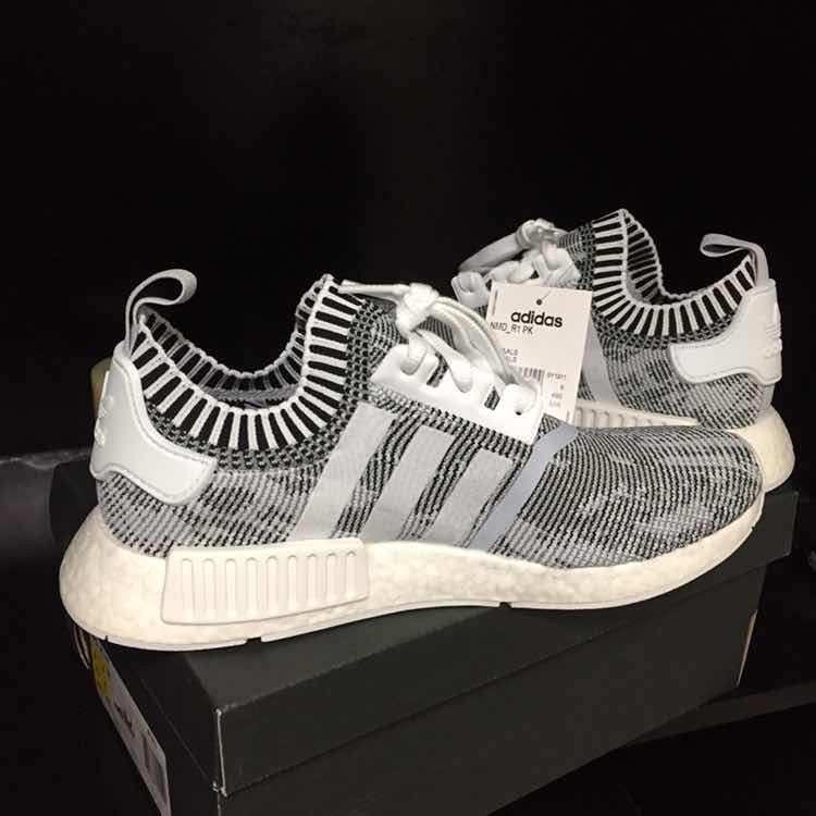 separation shoes 38eac 9c710 Tenis adidas Nmd R1 Primeknit Grey Glitch Oreo Boost