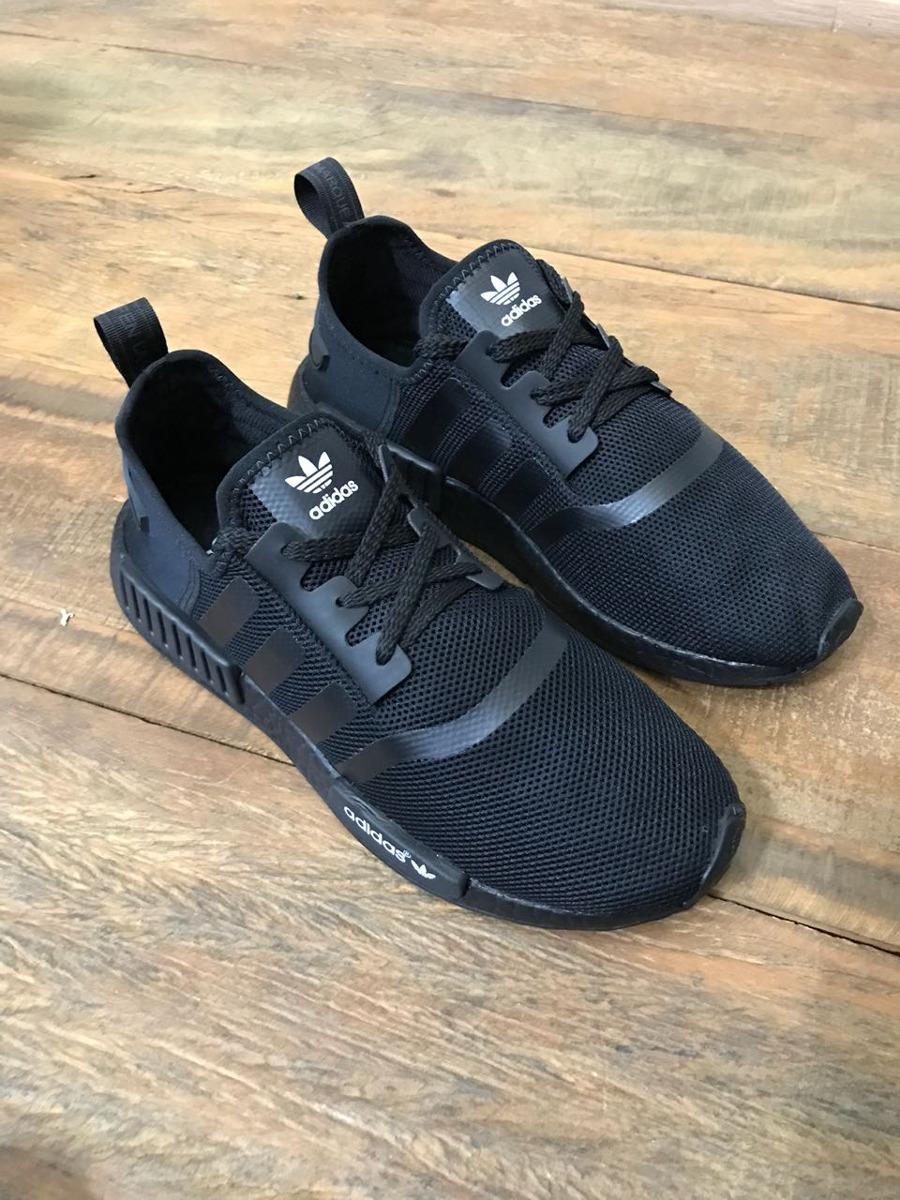 3c62d0232d ... buy popular tenis adidas nmd runner r1 boost black masculino originals.  Carregando zoom.