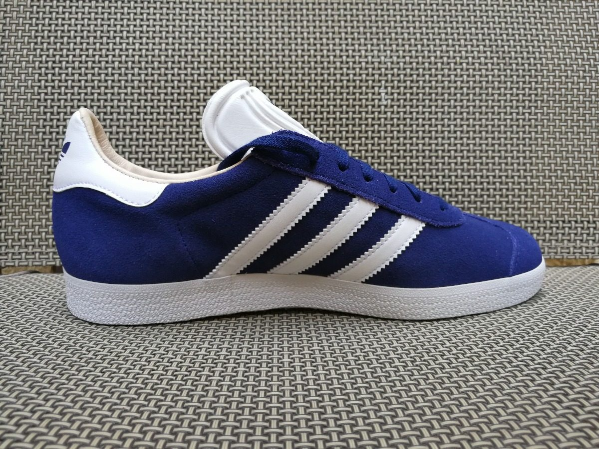 adidas originals gazelle unisex