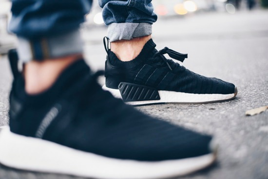new product 6ce44 90c4a Tenis adidas Originals Nmd R2 Pk Black By9696