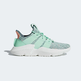 zapatos adidas modernos