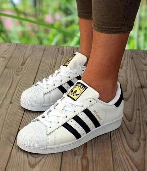 ec368ff2c81 Tenis adidas Originals Superstar J C77154 Dancing Originals ...
