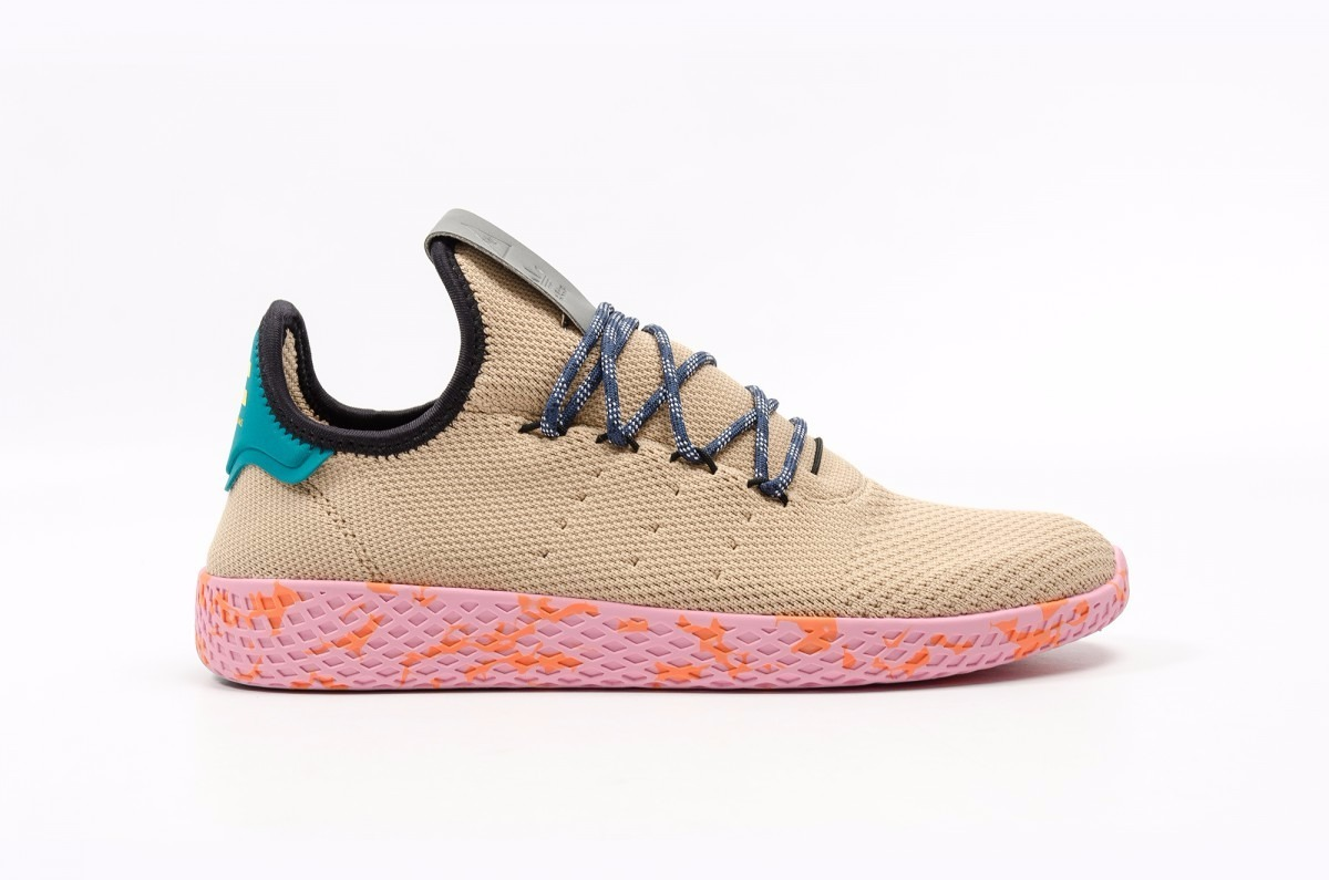 877746527 tenis adidas pharrell williams tennis hu originales. Cargando zoom.