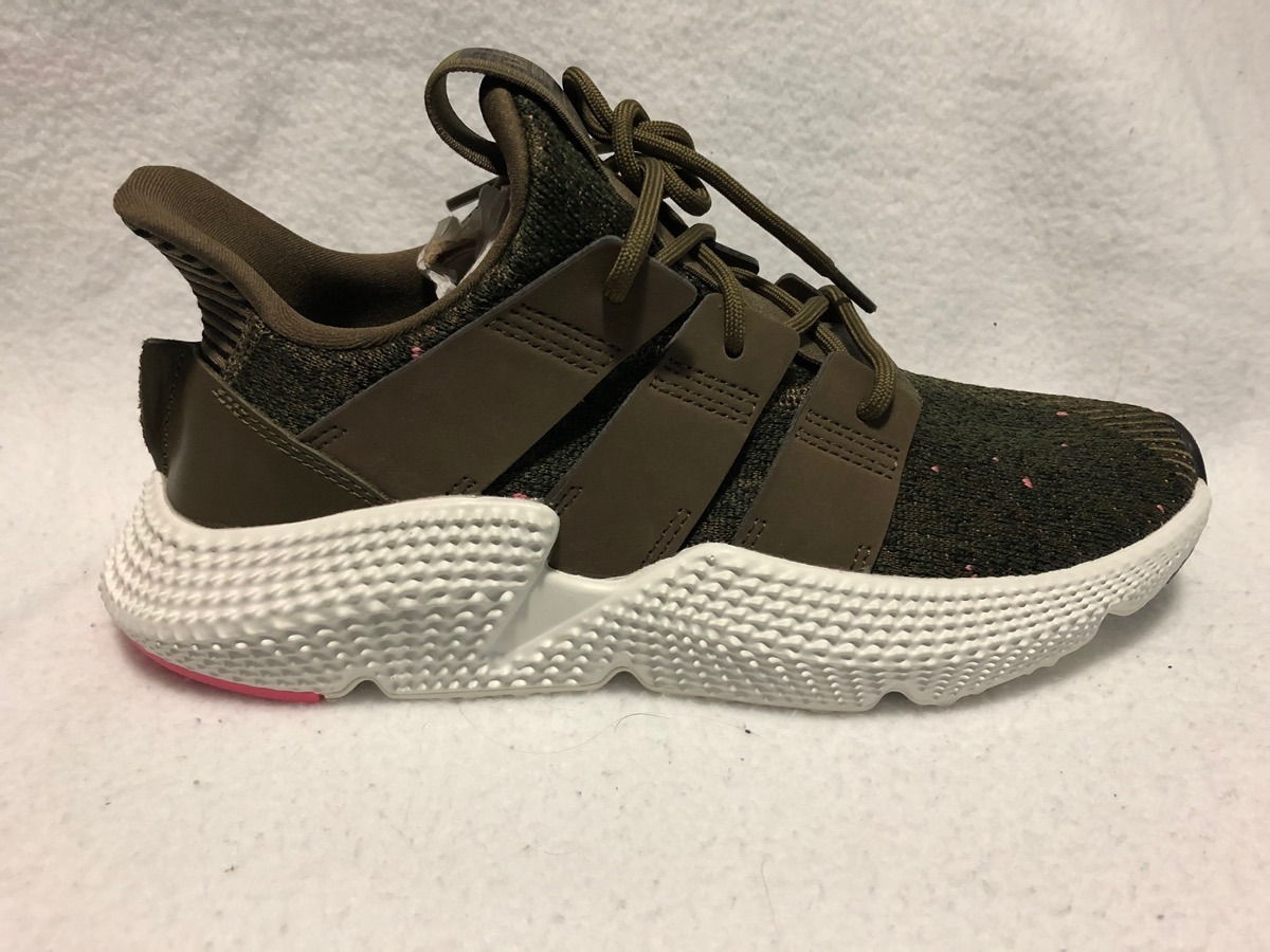 huge selection of 984d1 86f32 Tenis adidas Prophere