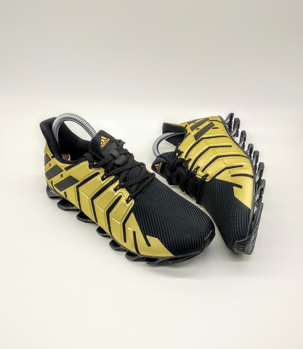 91925c9cb9 tenis adidas springblade pro bw0584 preto-dourado. Carregando zoom.