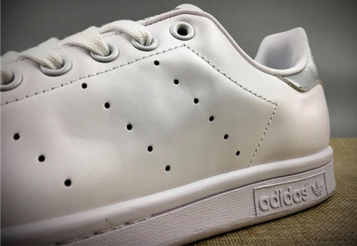 38c1e1fb9e4 Tenis adidas Stan Smith Blanco Y Plata  6.5 Mx -   1