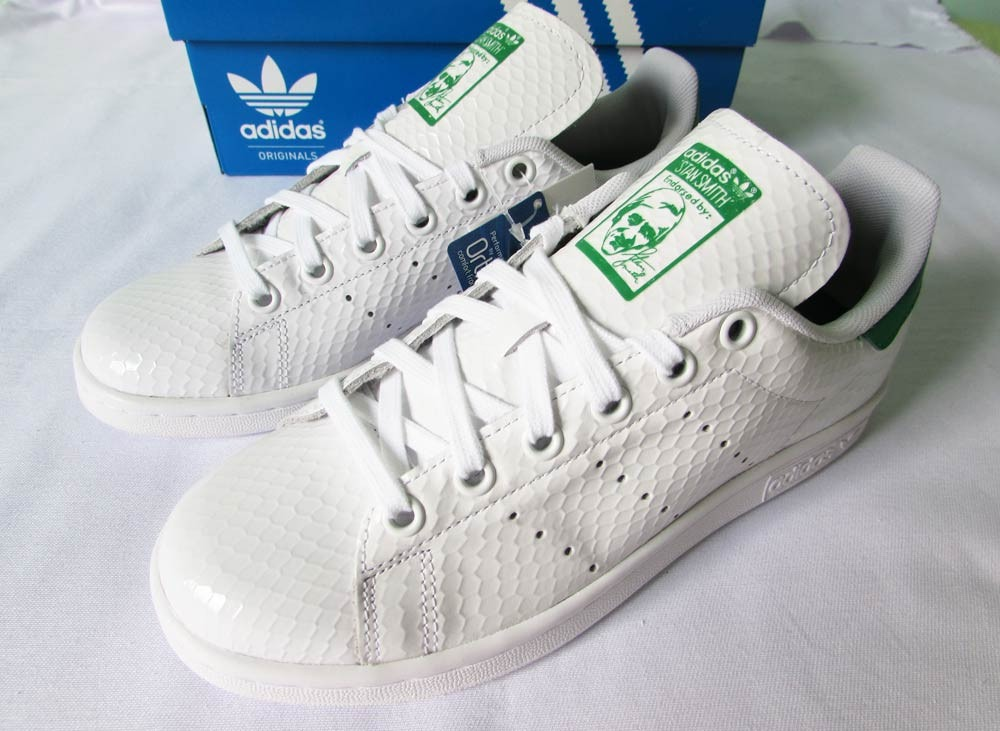 tenis adidas stan smith feminino 35 forma grande superstar. Carregando zoom. e8949787ddb27