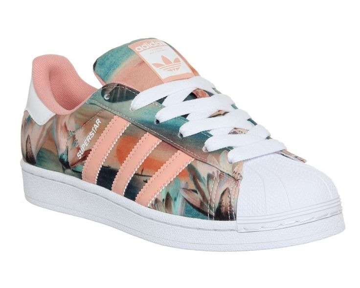 huge selection of 3247f 4db3a Tenis adidas Superstar Flower Melon