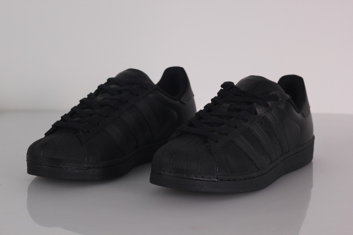 8b012011b5d tenis adidas superstar foundation core black original. Carregando zoom.