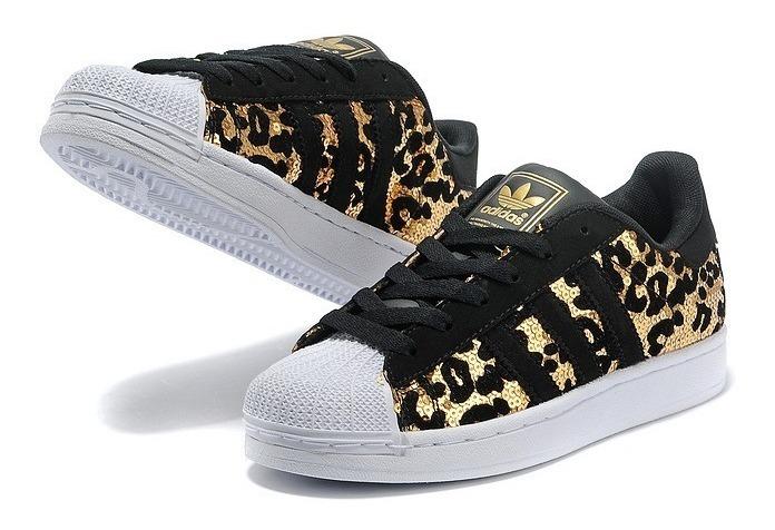 sports shoes 503c4 7e103 Tenis adidas Superstar Lentejuela Animal Print Dorados