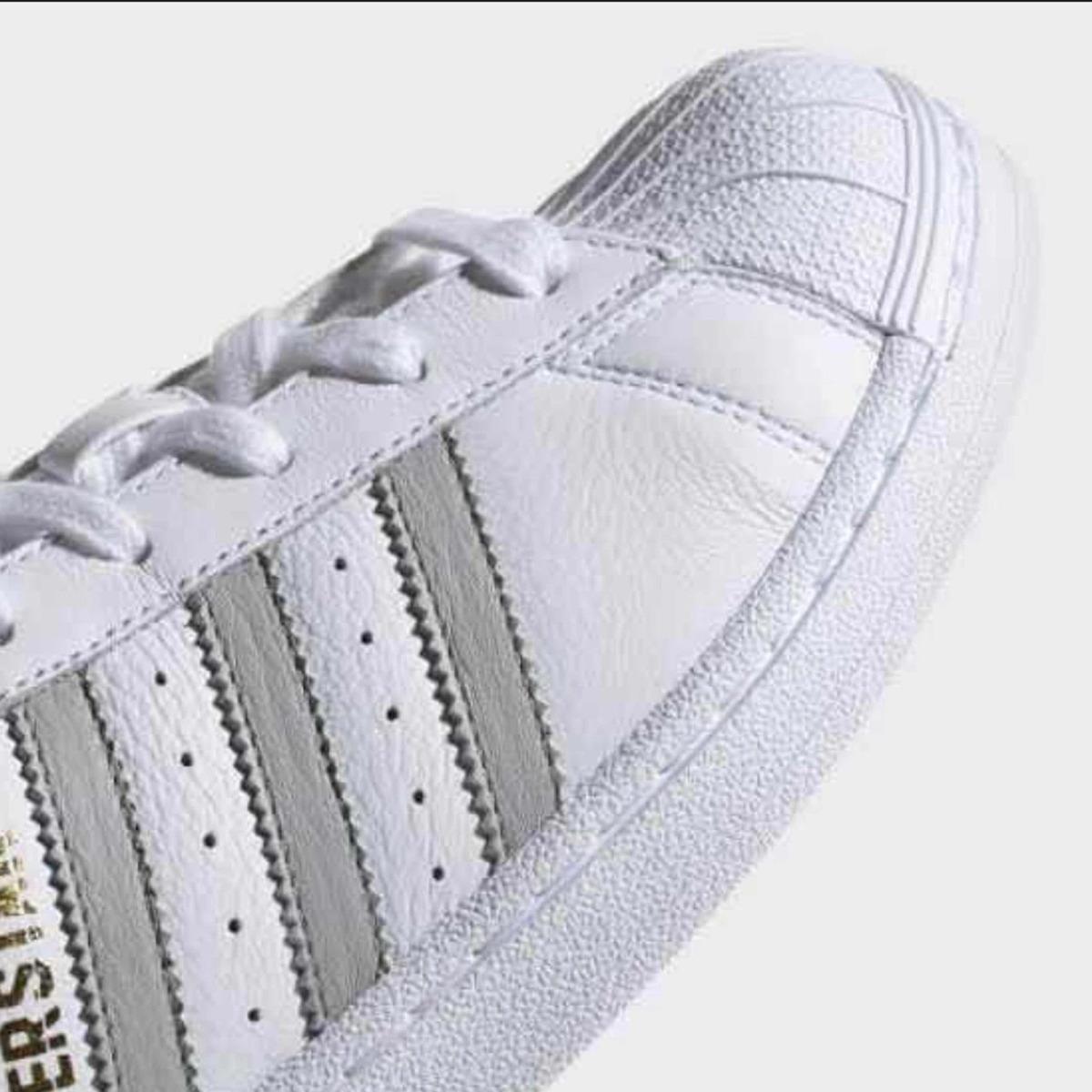 Superstarpiel Tenis Adidas Vacuna23 CmCaja 5 24 25 SVUpMz