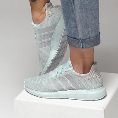Tenis adidas Swift Run W - Original B37720 - R  389 fdd349e279b85