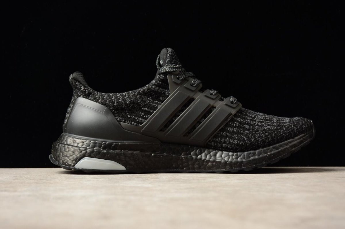 aa752e1c429 ... coupon code for italy tenis adidas ultra boost 3.0 triple black. cargando  zoom. a27ae