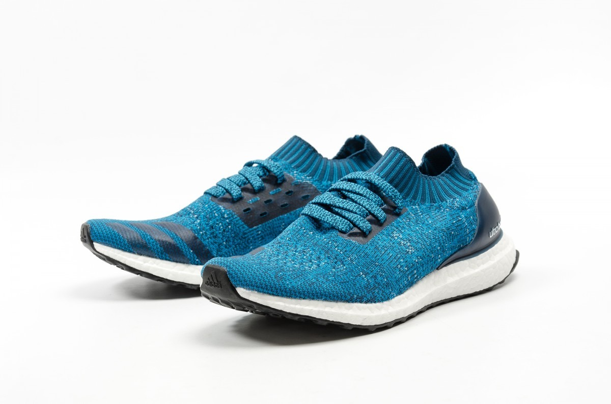 e4c960af1be tenis adidas ultraboost uncaged azul by2555 look trendy. Cargando zoom.