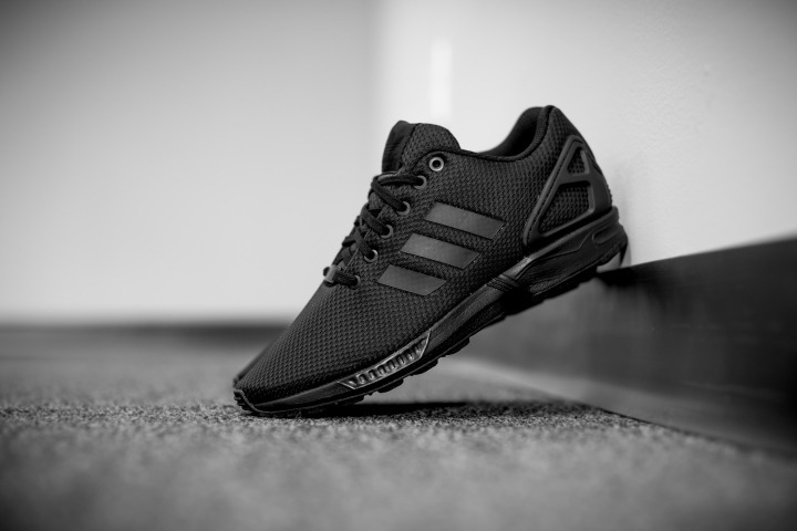 the best attitude a3edf d0bbc Tenis adidas Zx Flux Triple Black S32279