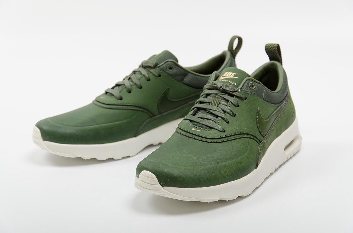 hot sale online e6df1 3a6ba Calzado para mujer Nike Air Max Thea Premium