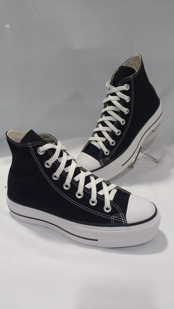 fd24890b21 tenis all star converse flatform preto ct04940001. Carregando zoom.