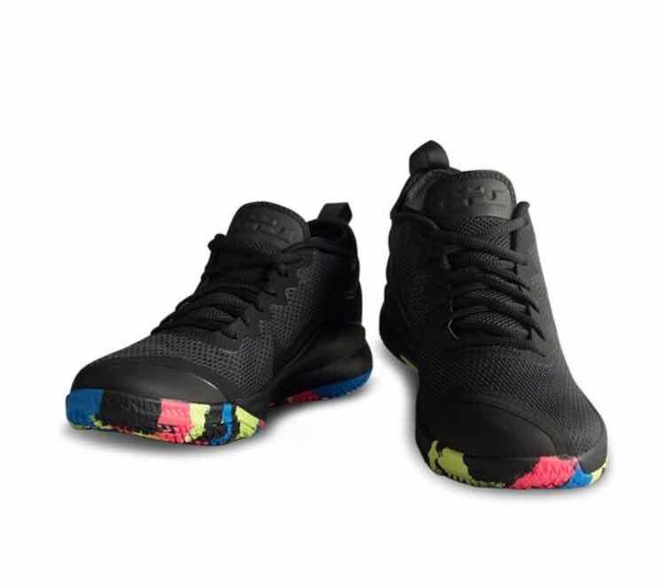 46832654c66e5 Tenis Basket Nike Lebron Witness (talla  31 Mex) + Caja -   1