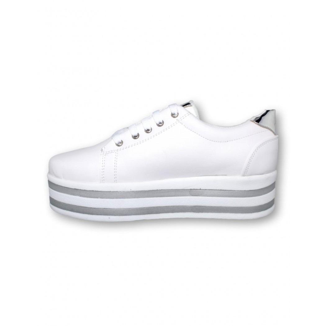 8e013bab10 tenis de dama muy bonitos simipiel blanco-mod.0302ma5322683. Cargando zoom.