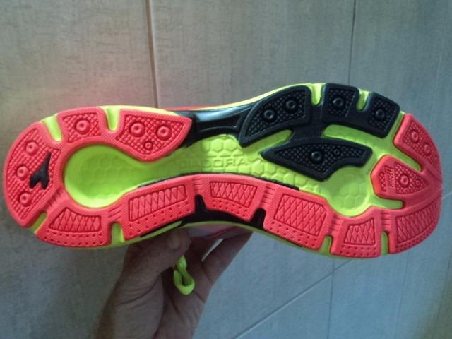 6a41f9ef7c5 Tenis Diadora 100% Original + Top P caminhada E Academia - R  99