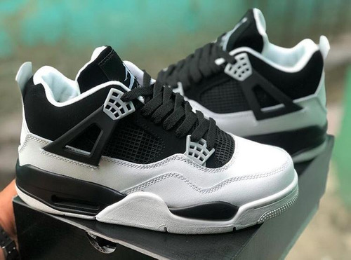 tenis jordan retro 4 ultimate 2020