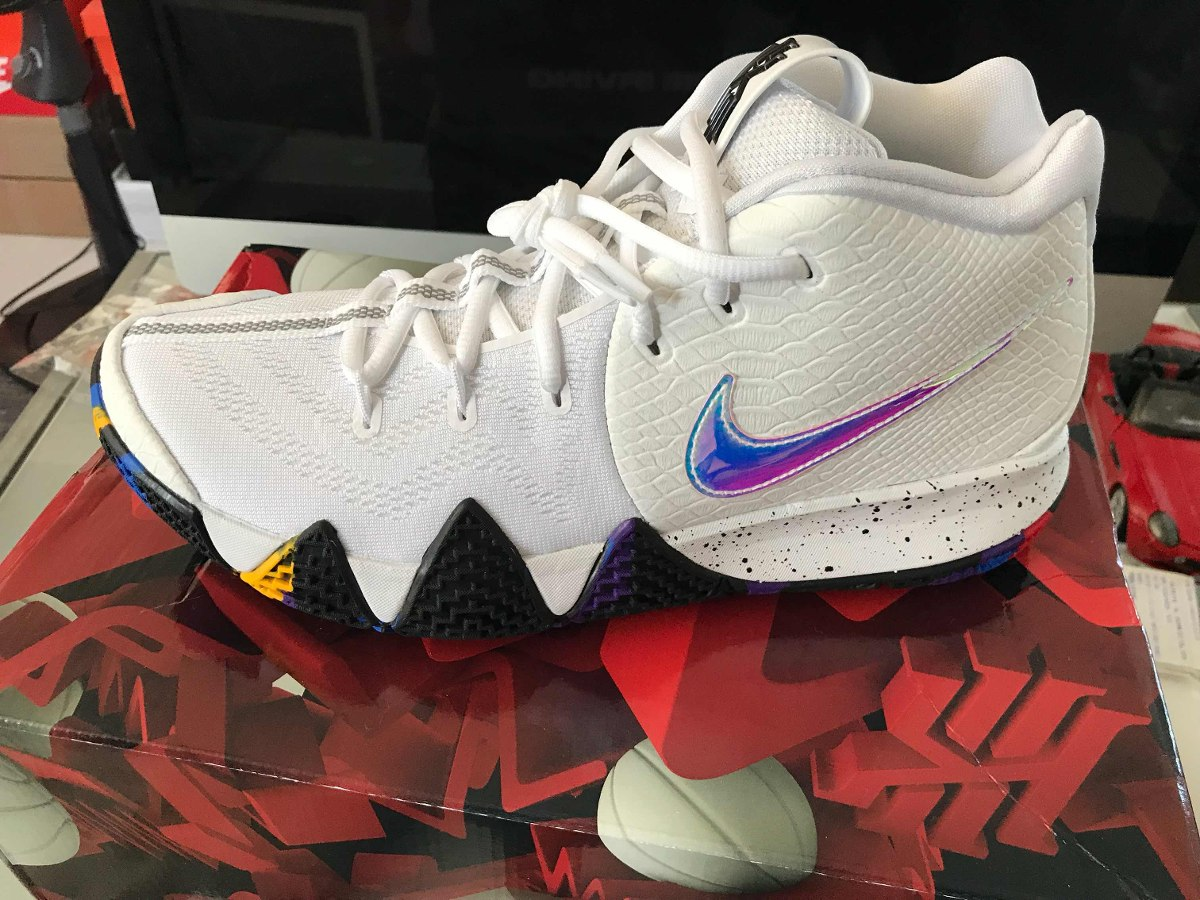 sports shoes 2eeb1 279e7 Tenis Marca Nike Kyrie 4 March Madness