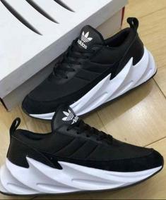 huge discount e2af5 5e69e Adidas Shark Zapatos en Mercado Libre Colombia