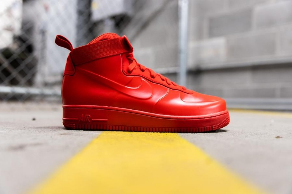 size 40 04957 74fd3 Tenis Nike Air Force 1 Foamposite Triple Red 100% Original